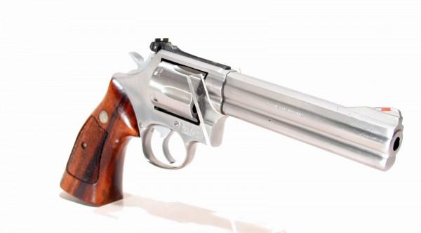 Smith & Wesson Revolver 686 .357 Mag. 6 zoll