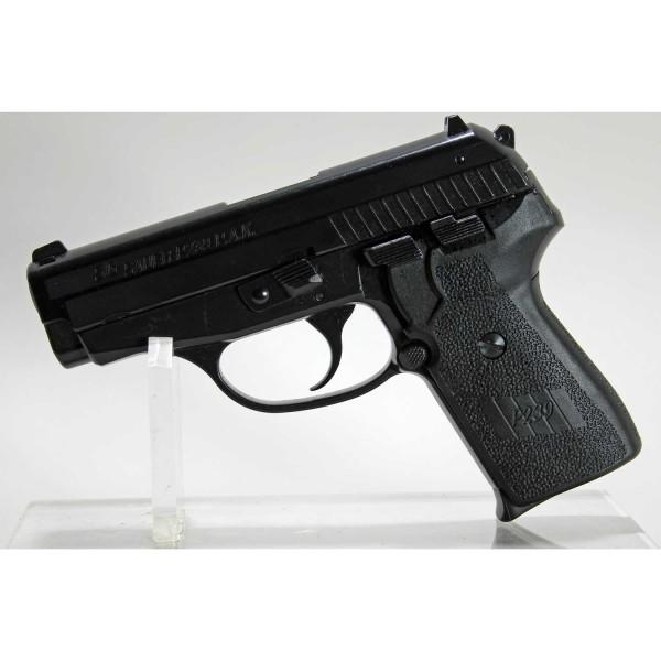 Sig Sauer P 239 9mm Gaspistole Schreckschuss P.A.K